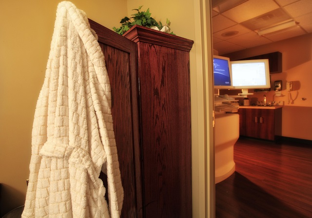 Photo of robe, cabinet and mammography machine